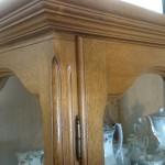 szafa drewniana z korona