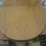 recznie robiony stol drewniany